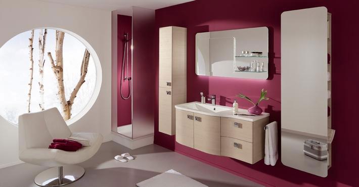 Badezimmer Tapete Fliesen : Tapeten im Badezimmer? Der Badm?bel Blog