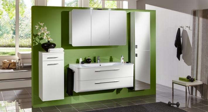 fr hjahrsputz so bringen sie ihr bad auf vordermann der badm bel blog. Black Bedroom Furniture Sets. Home Design Ideas