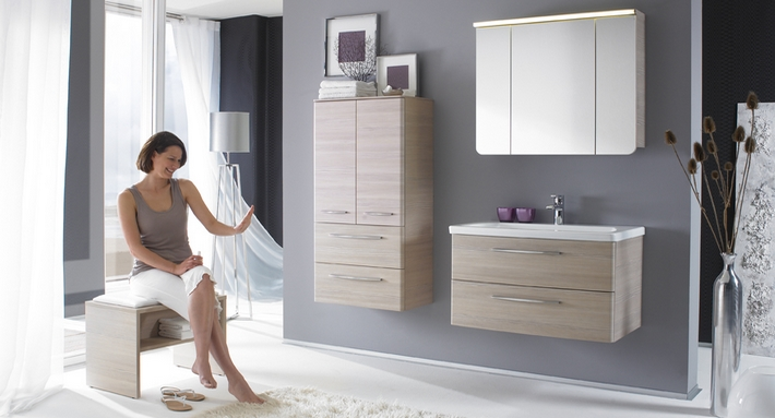 kleine badezimmer ganz gro 10 tipps der badm bel blog. Black Bedroom Furniture Sets. Home Design Ideas