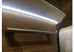 Pelipal Cassca Mineralmarmor-Waschtisch mit unsicht. Überlauf (Clou-System) und LED-Fugenbeleuchtung, 109 cm