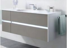 Pelipal 6010 Waschtischunterschrank mit LED-Profil mit Bewegungssensor für Griffugen, 4 Auzüge, 132 cm